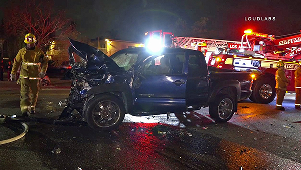 2 Killed in Possible Street Racing Collision in Jefferson Park